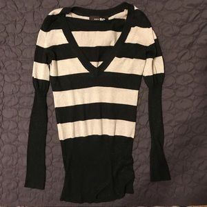 Apt 9 medium sliver and black striped sweater